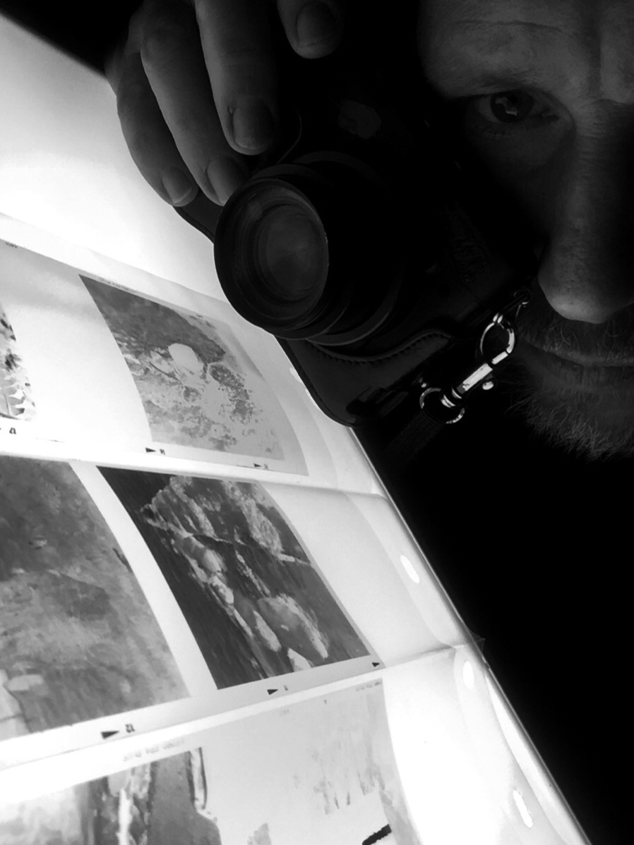Digitising negatives with my Lightbox and my Nikon P7700.